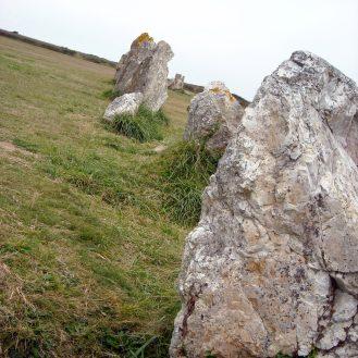 alignements mégalithiques à Lagatjar